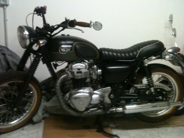 Vendo Kawasaki W650 Idea Di Immagine Del Motociclo